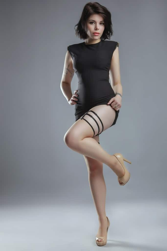 Louise - 077 483 84 98 - Coming Back Soon
